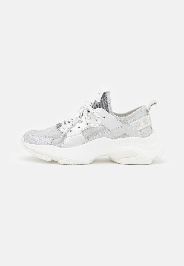 AJAX - Sneakers laag - silver