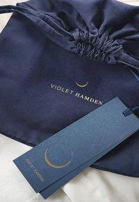 Violet Hamden - Handbag - gold - 7
