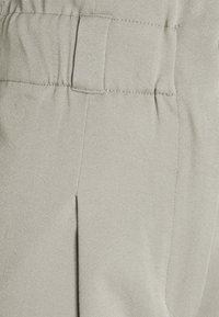 EDITED - DANA PANTS - Trousers - grau - 6