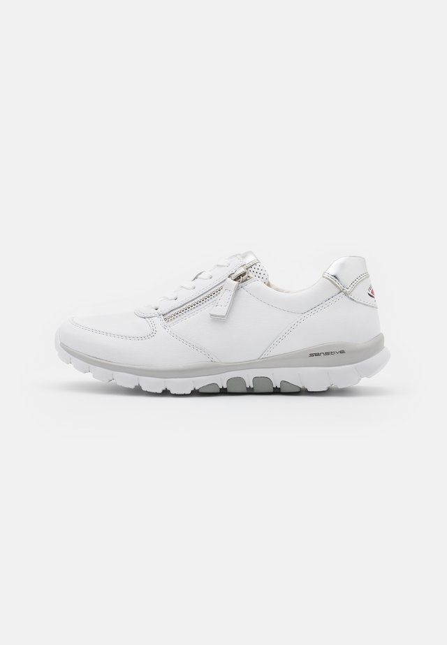 ROLLING SOFT - Trainers - weiß/silber