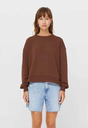 MIT SCHLITZEN  - Sweatshirt - dark brown