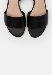 ALDO - KAEISSI - Sandaler - black - 5