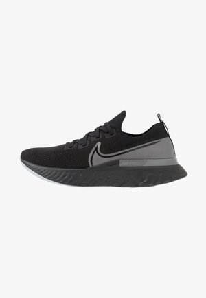 REACT INFINITY RUN FK - Obuwie do biegania treningowe - black/metallic silver/dark grey
