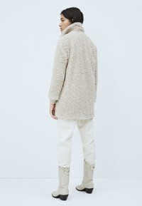 Pepe Jeans - GRETTA - Winter coat - mousse - 2
