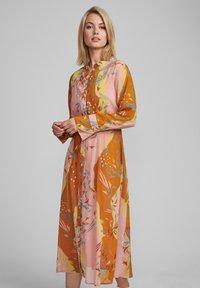 Nümph - Shirt dress - buckthorn brown - 0