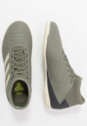 PREDATOR 19.3 IN - Indoor football boots - legend green/sand/solar yellow
