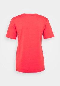 Marks & Spencer London - CREW - Camiseta básica - coral - 1