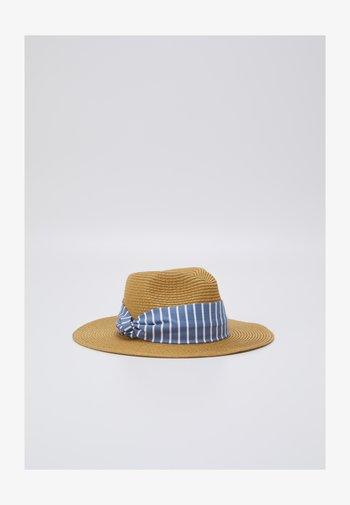 Hat - tan/dark blue