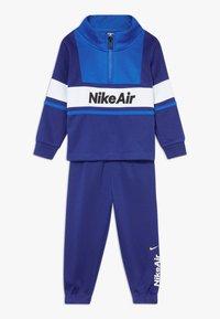 Nike Sportswear - AIR JOGGER SET BABY - Tepláková souprava - deep royal blue - 0