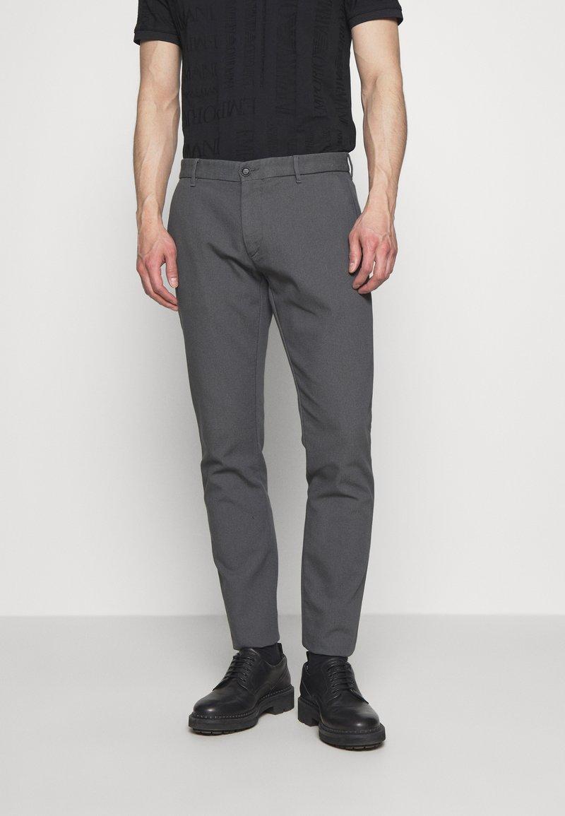 Emporio Armani - PANTALONI TESSUTO - Pantalon classique - lavagna