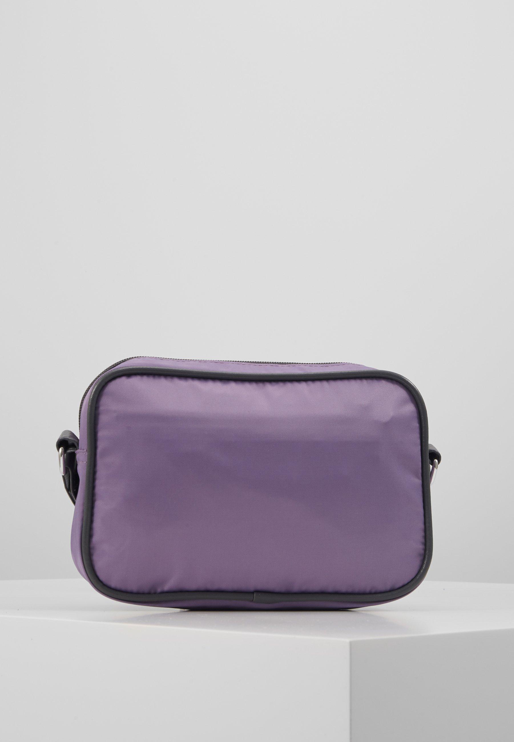 DAY Birger et Mikkelsen DAY GWENETH Skulderveske purple