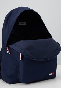 Tommy Jeans - COOL CITY BACKPACK - Rugzak - blue - 4