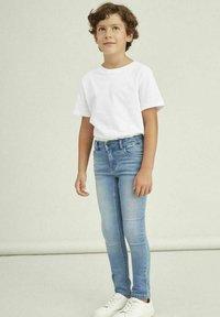 Name it - Jeans Skinny Fit - medium blue denim - 0