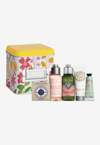 L'OCCITANE MUST HAVES - Bath and body set - -