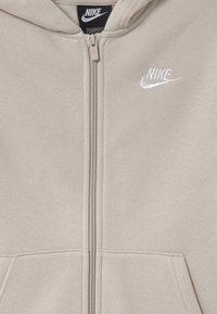 Nike Sportswear - CORE SET - Chándal - desert sand - 3