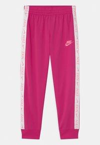 Nike Sportswear - SET - Tepláková souprava - fireberry/sunset pulse - 2