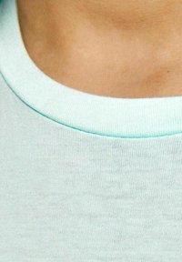 Jack & Jones Junior - Print T-shirt - bleached aqua - 4