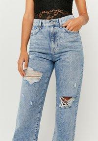 TALLY WEiJL - Straight leg jeans - bleached denim - 3