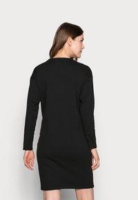 Dorothy Perkins Maternity - DRESS - Jerseyjurk - black - 2