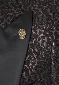 Twisted Tailor - SUNDA SUIT SET - Suit - black pink - 4