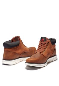 Timberland - Lace-up ankle boots - medium brown nubuck - 2