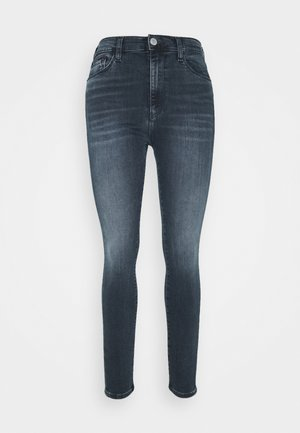 SYLVIA SKNY ABBS - Jeansy Skinny Fit - blue-black denim