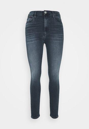 SYLVIA SKNY ABBS - Jeans Skinny Fit - blue-black denim