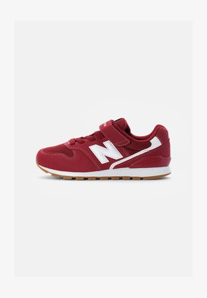 996 - Trainers - burgundy