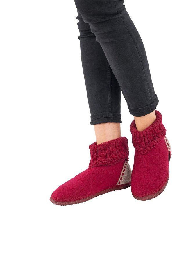 Chaussons - rouge vin