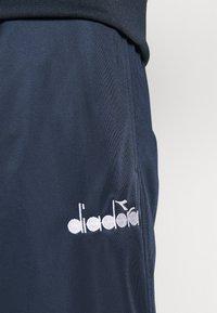 Diadora - TRACKSUIT CHROMIA - Tuta - blue corsair - 6