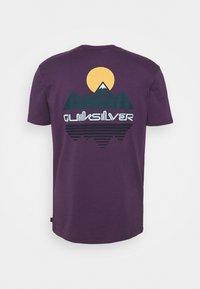 Quiksilver - REFLECT TEE - T-shirt con stampa - purple plumeria - 1