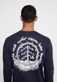 Element - TOO LATE LOGO - Long sleeved top - eclipse navy - 5