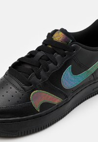 Nike Sportswear - AIR FORCE 1 LV8 UNISEX - Trainers - black/multicolor - 5