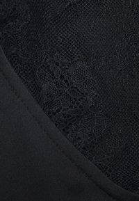 Cotton On Curve - ADRIANNA HIGH - Skinny džíny - black - 2