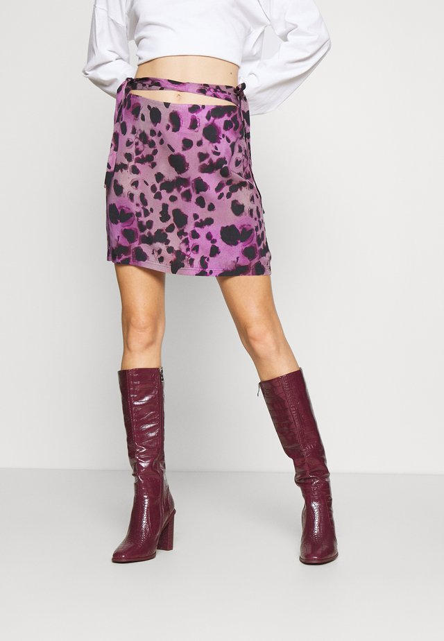 INKY LEOPARD SKIRT TIE WAIST DETAIL - Minihame - lilac