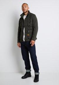 G-Star - SCUTAR 3D SLIM TAPERED 3D RAW DENIM MEN - Jeans Tapered Fit -  raw denim - 2
