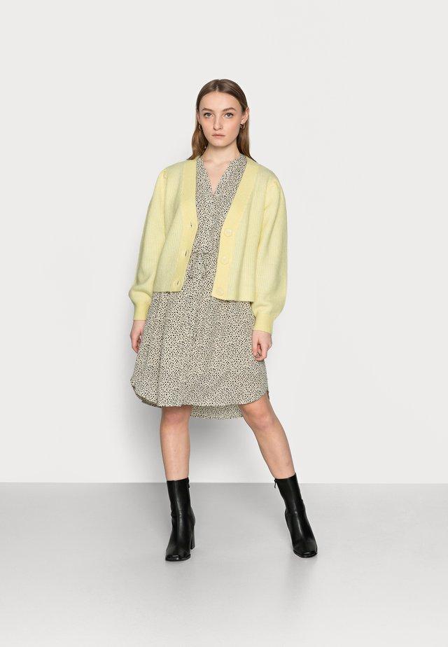 SLFLIPA  - Kardigan - pastel yellow