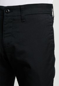 Carhartt WIP - SID LAMAR - Chino - black rinsed - 3