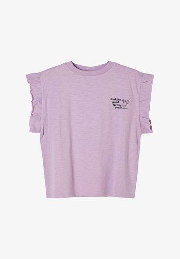 MIT RÜSCHEN-ÄRMELN - Print T-shirt - light purple
