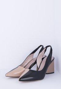 TJ Collection - Classic heels - beige - 2