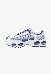 Nike Sportswear - AIR MAX TAILWIND IV - Sneaker low - white/deep royal blue/wolf grey - 1