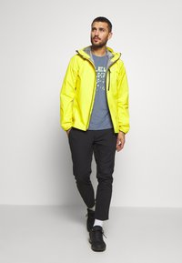Haglöfs - JACKET MEN - Hardshell jacket - signal yellow - 1