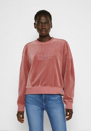 Sweater - violet