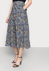 Thought - ELSIE PLEATSKIRT - A-line skirt - azure blue - 3