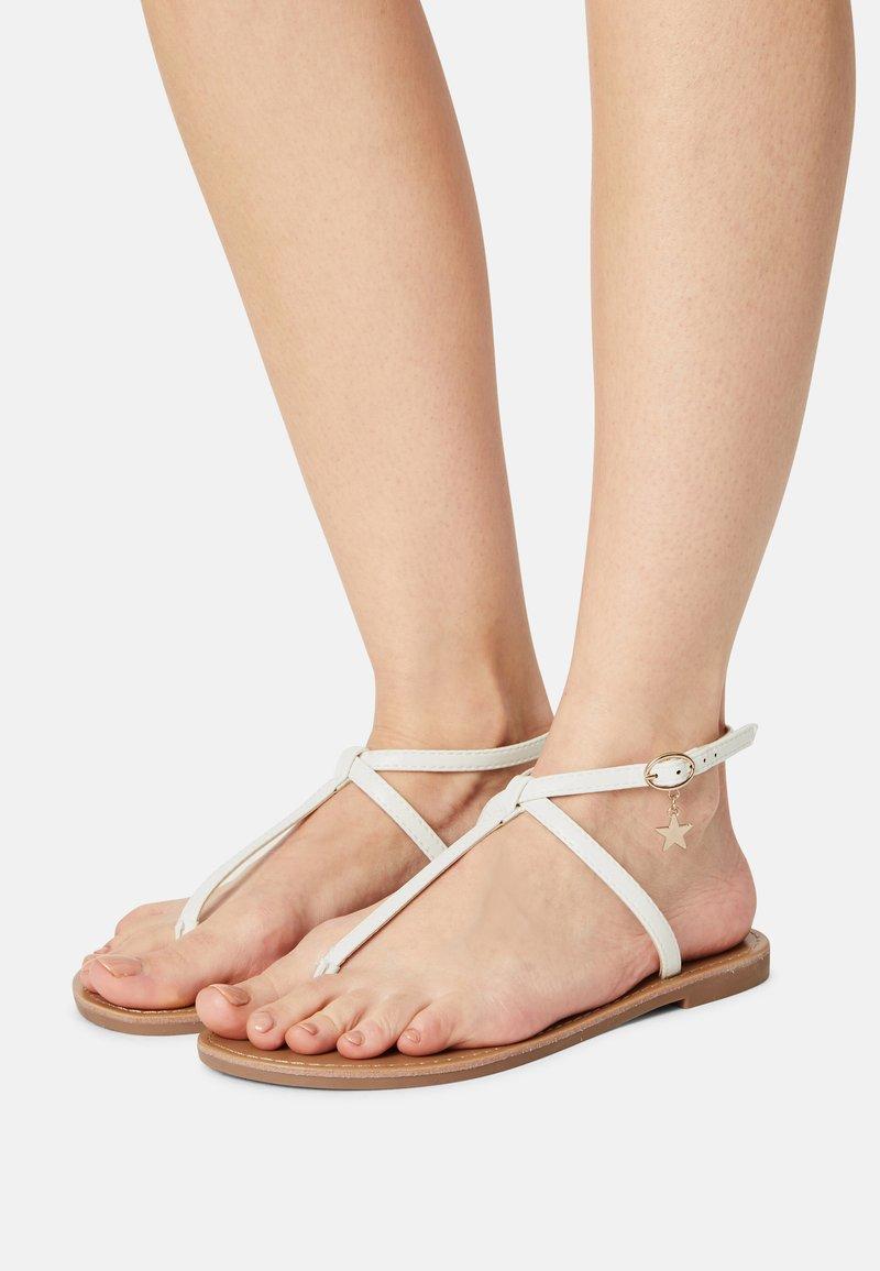 Even&Odd - T-bar sandals - white