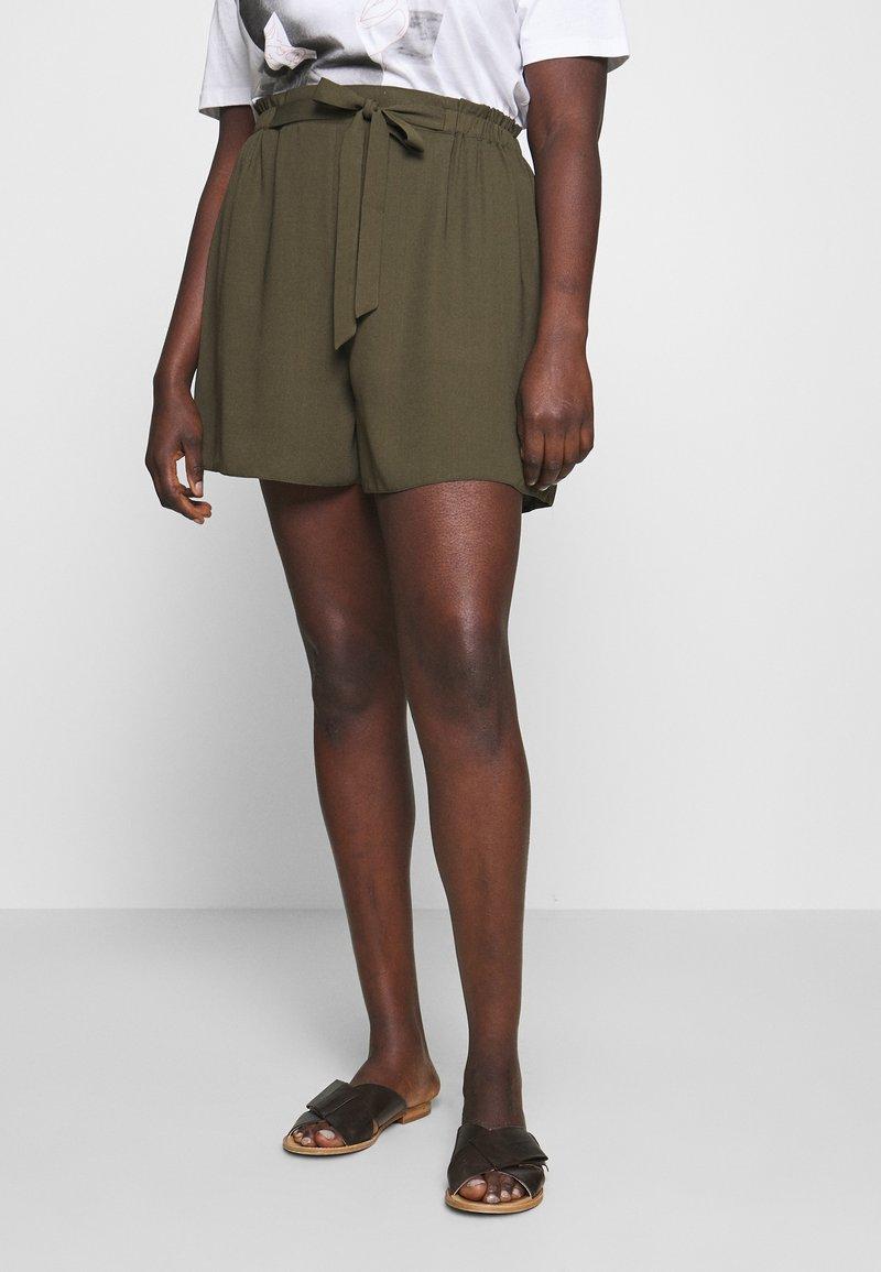 Dorothy Perkins Curve - TIE WAIST - Shorts - khaki