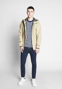 Calvin Klein - STRIPE CHEST LOGO  - Print T-shirt - blue - 1