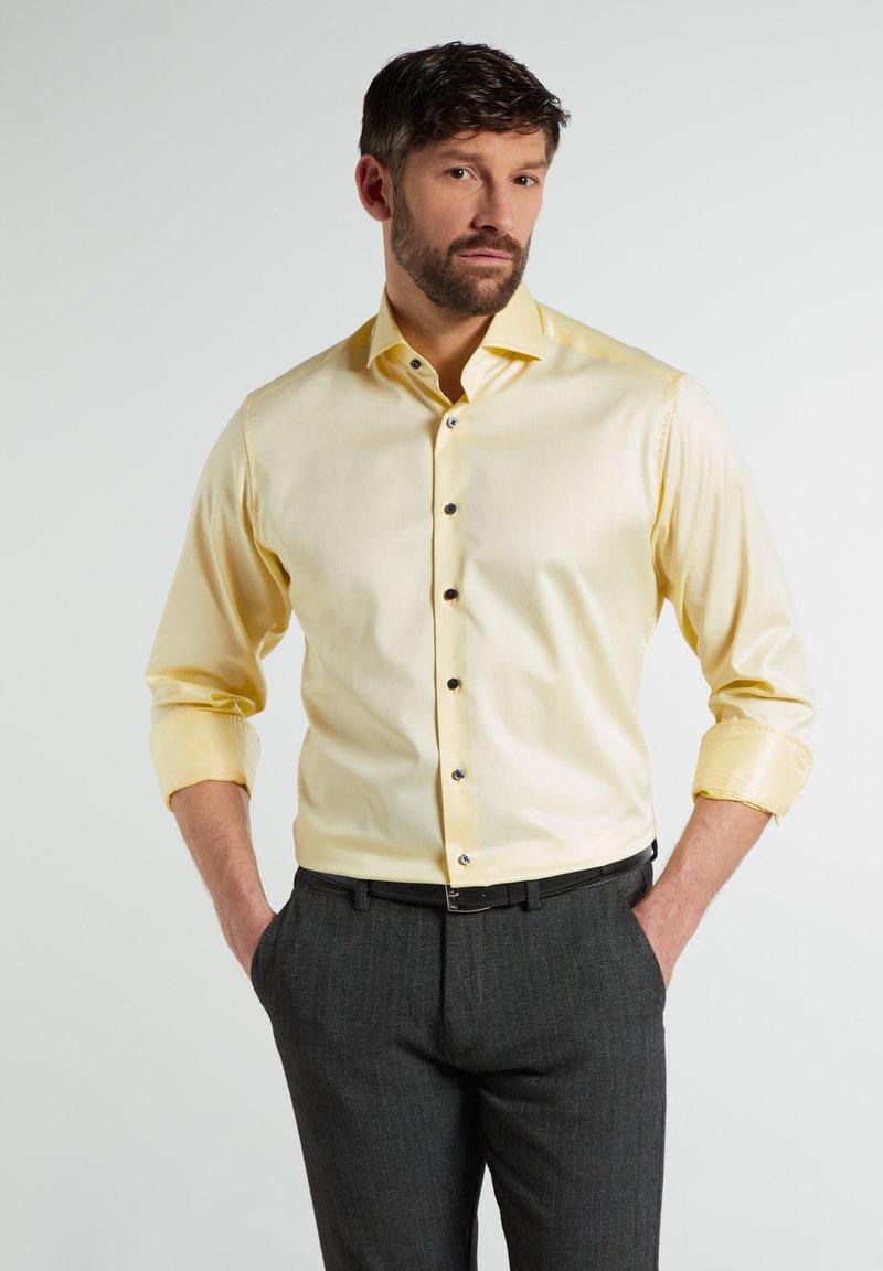 Eterna - MODERN  - Formal shirt - zartgelb