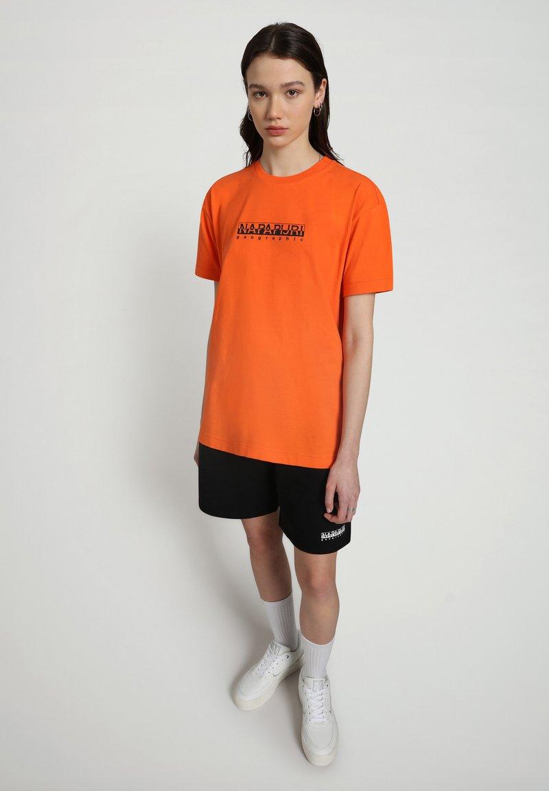 Napapijri - NASAN - Shorts - black