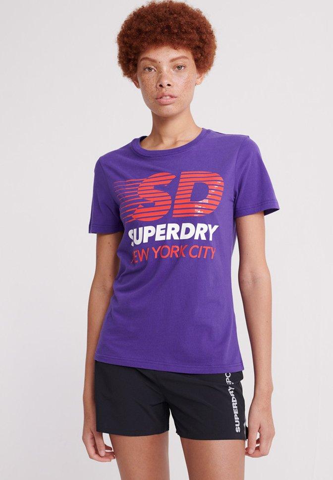 Superdry - SPORT CLASH - Print T-shirt - winter purple